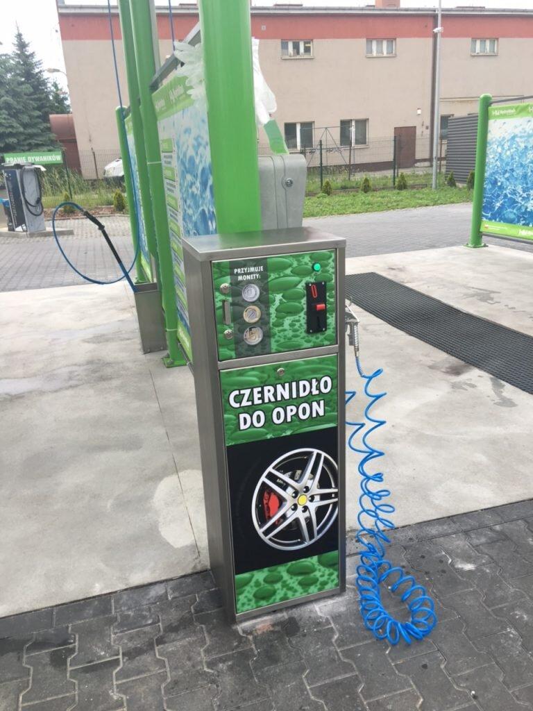 Dystrybutor czernidła do opon do myjni samochodowej zielone