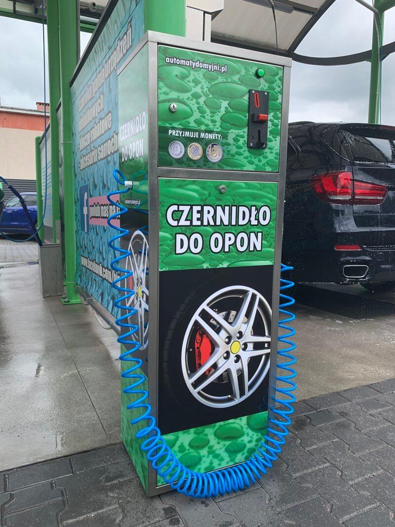 Zielone urządzenie do sprzedaży czernidła do opon do myjni samochodowej